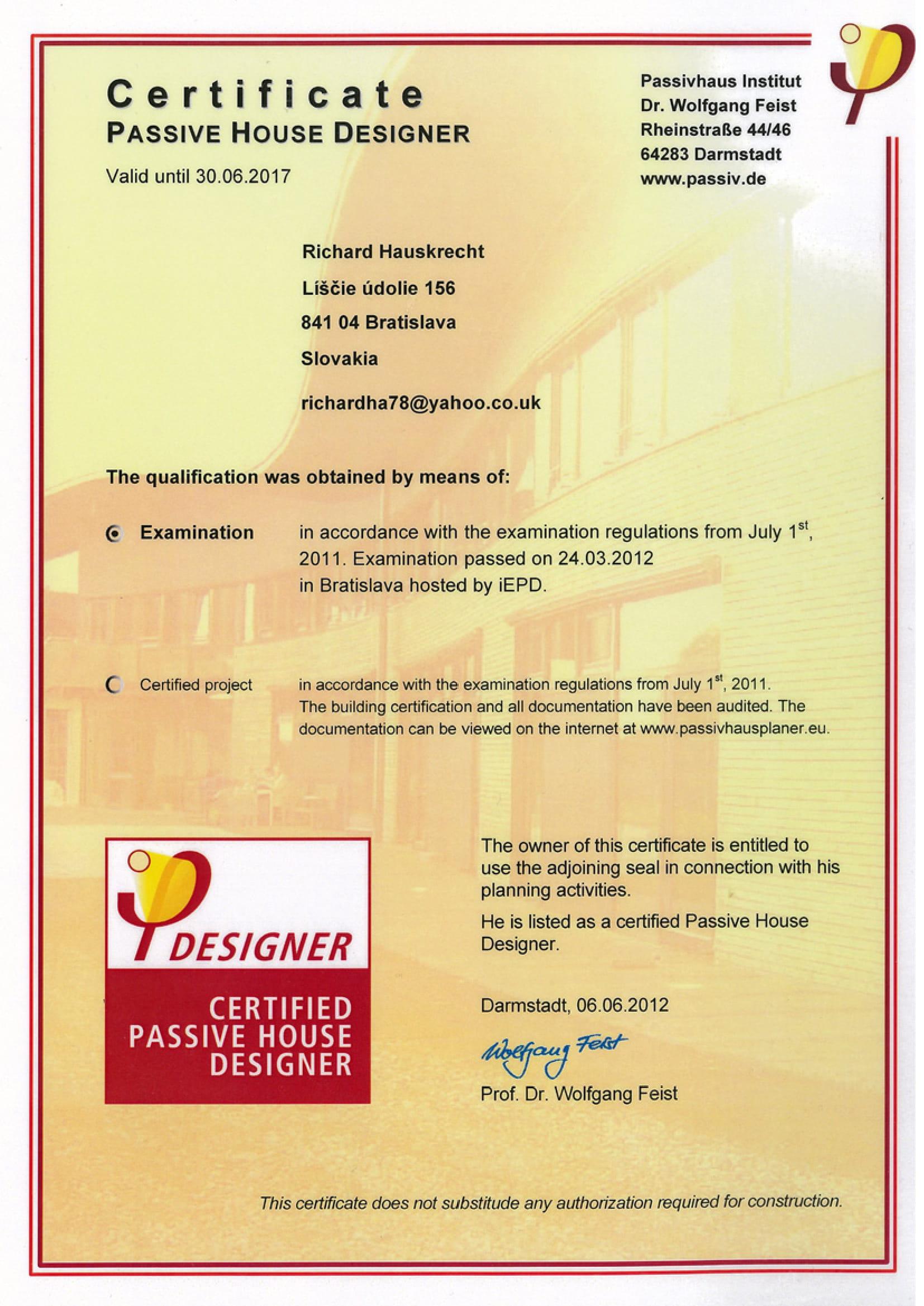 Certifikát na výstavbu a dizajn pasívnych domovHauskrecht PHI